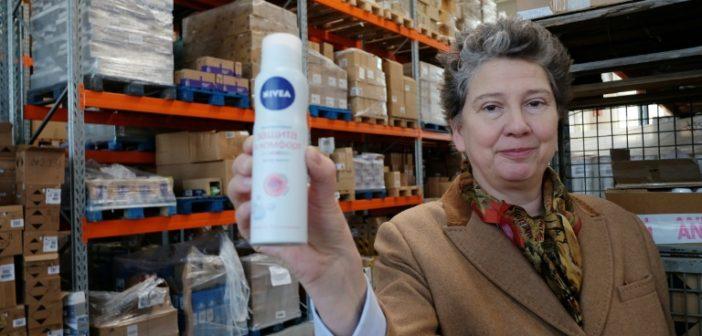 la-fondatrice-d-innatura-juliane-kronen-a-l-entrepot-de-la-cooperative-a-c