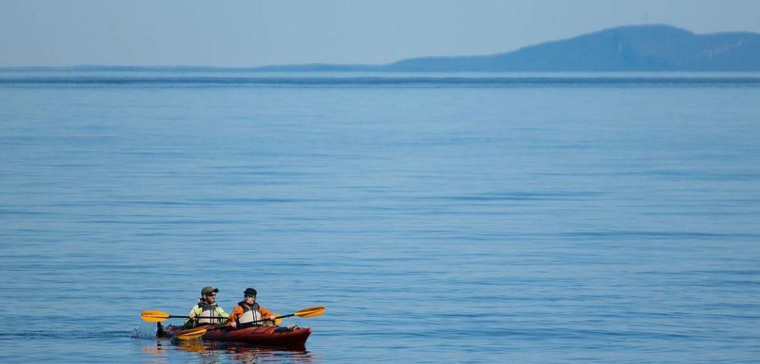2016-08_Kayak_Grandes_Bergeronnes_Saint_Lawrence_River_01